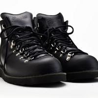 Danner vertigo black glace 男款短靴