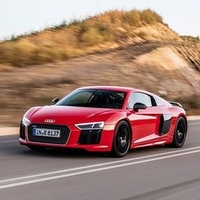 钢铁侠座驾:奥迪 R8 V10 Coupe Performance