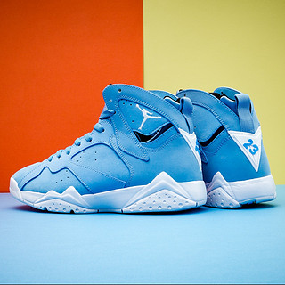 "AIR JORDAN 7 RETRO ""UNIVERSITY BLUE"" 北卡蓝 男款篮球鞋"