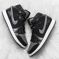 双11预售:Air Jordan 1 Mid Premium GS 大童款篮球鞋