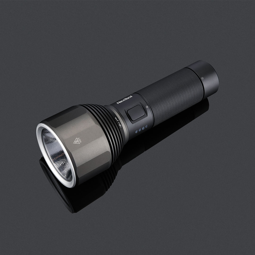NexTool 纳拓 户外强光手电筒 黑色